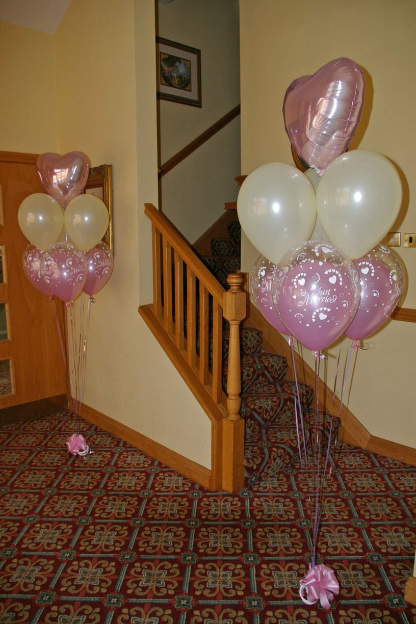 Choose either Foil Hearts or Double Bubbles as and alternative to make the Entrance Extra Special!