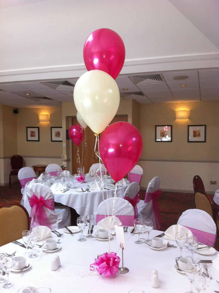 Combination of your chosen colour latex balloons with a single Ivory Latex balloon.