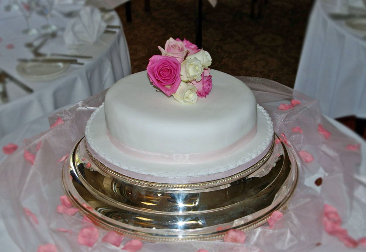Elegant & Simple single layer cake with Flower Topper.